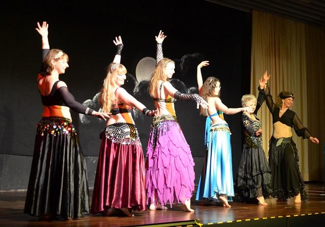 Bauchtanz, dancespace, dance space, Hamburg, orientalischer Tanz, Wechseljahre, Sinnlichkeit, Lebensfreude, Weiblichkeit